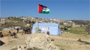 Israele rimuove le tende di bab al karama