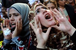 Women-protest-in-Cairo